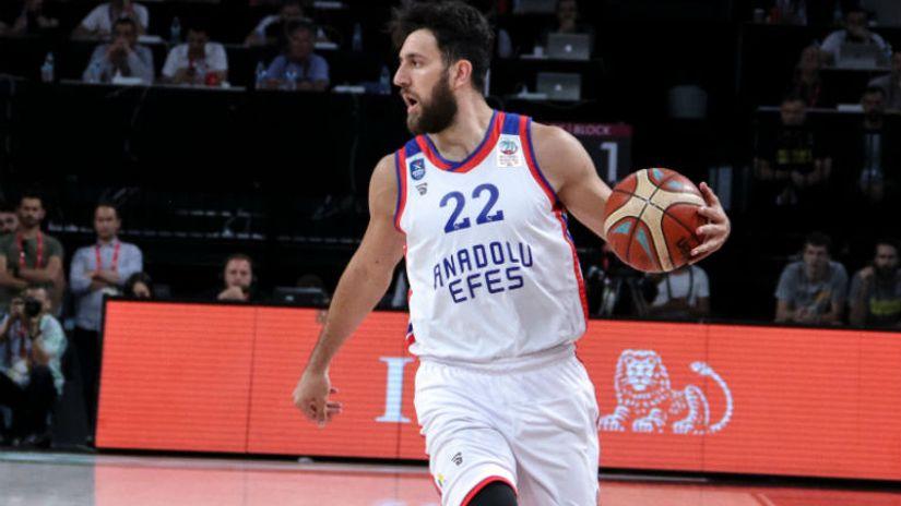 Užareni Lo i partija karijere protiv Olimpijakosa, Micić i Efes prvi dobili Asvel u Lionu